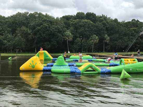 North Fort Myers, Flórida: Inflatable Obstacle Course