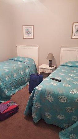 Myrtlewood Villas: Bedroom