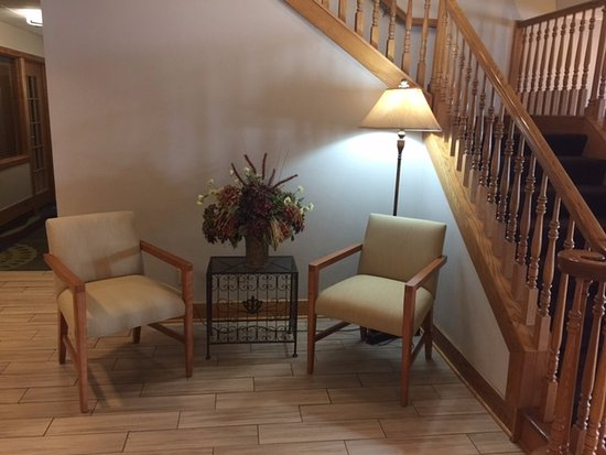Baymont Inn & Suites Mishawaka South Bend Area: Lobby