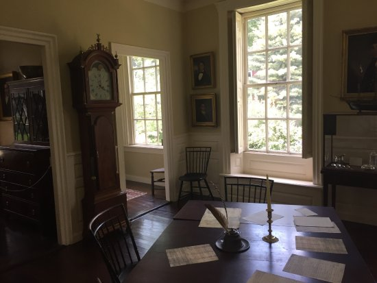 The Jeremiah Lee Mansion: photo5.jpg