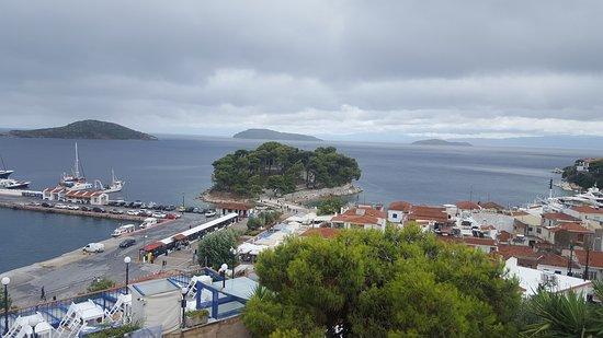 Filokalia Apartments: Skiathos town & beaches