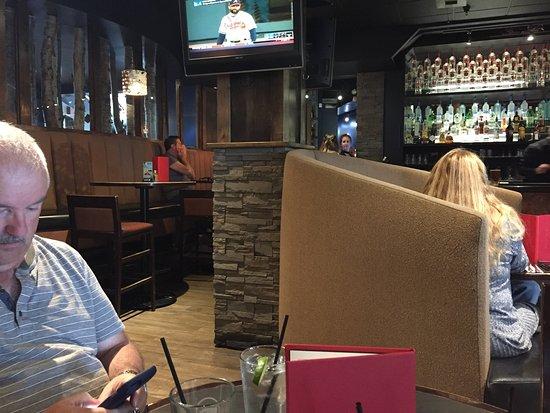 Earls Restaurant: photo0.jpg