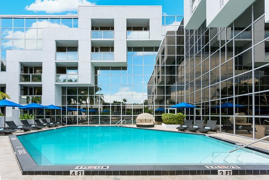 SAWGRASS GRAND HOTEL AND SUITES SPORTS COMPLEX $63 ($̶8̶3̶) - Updated 2018 Prices & Reviews ...