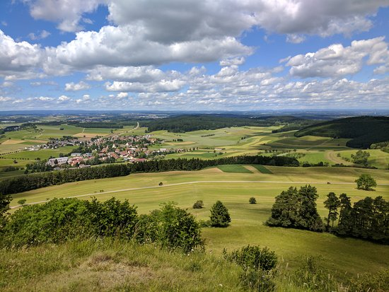 Hausen ob Verena, เยอรมนี: View from the top of the Hohenkarpfen