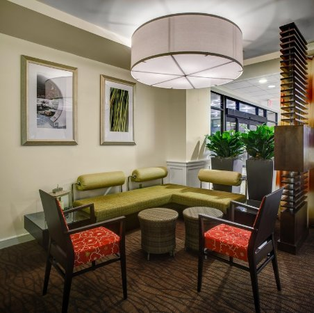Hilton Garden Inn BostonWaltham UPDATED 2017 Prices Hotel