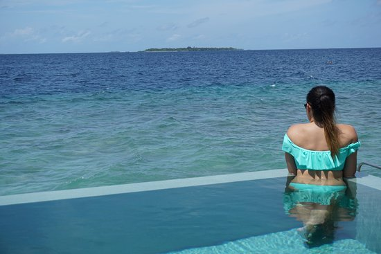 Dusit Thani Maldives: It was handy having our own private pool