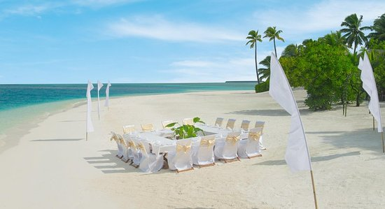 Rangali: Meetings and Events, Beach Dining, Square Set