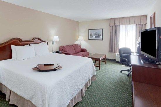 Dumfries, VA: King Room