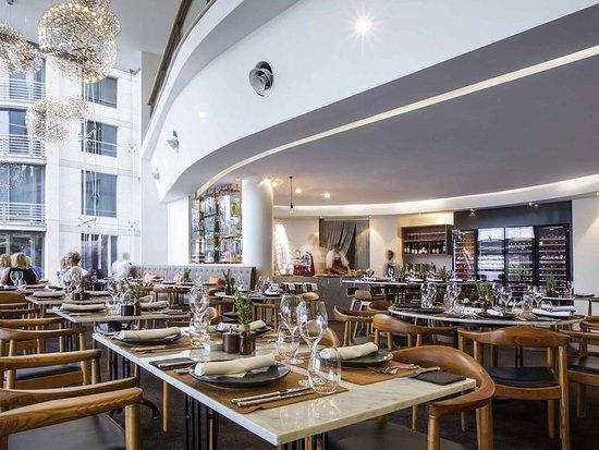 Sir Stamford Circular Quay Dining Room Review