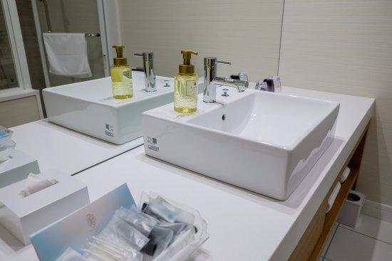 Bathroom Set Up Picture Of Nagoya Jr Gate Tower Hotel