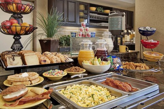"Canonsburg, PA: Suite Startâ""¢ Hot Breakfast"