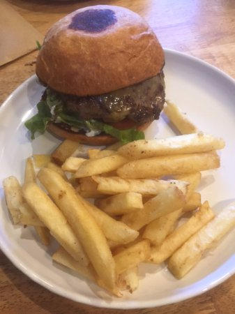 Inverell, Australia: 200g Angus Burger - I think the bun was meant to be a brioche