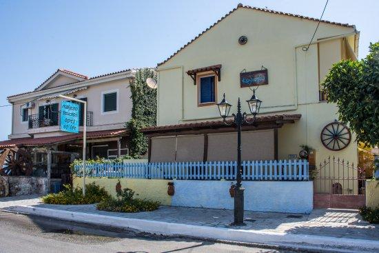 Kalypso Studios & Apartments: Kalypso Studios and Apartments