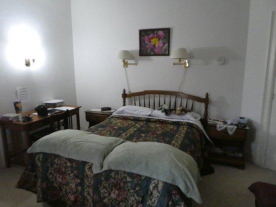 Olde Judge Mansion: Gluha Room