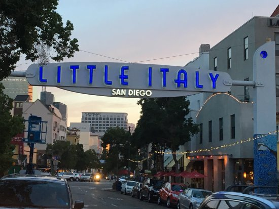 ‪Little Italy Tours‬