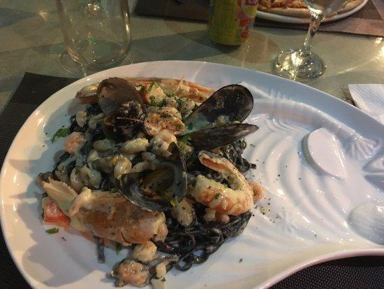 DaVinci's Restaurant: photo1.jpg