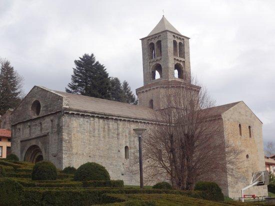 Camprodon, إسبانيا: Monestir de Sant Pere, Camprodon (Ripollès, Gérone, Catalogne), Espagne.
