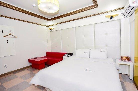 Gwangju, Zuid-Korea: 퀸 호텔 방