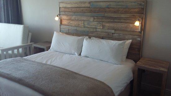 Diaz Hotel & Resort: Newly renovated Honeymoon Room