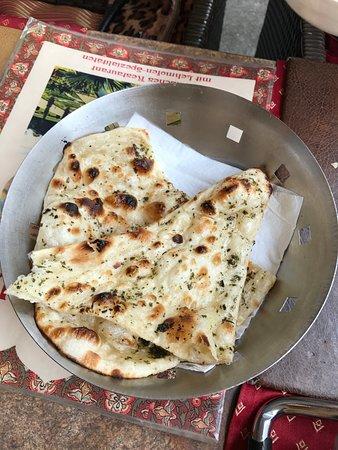 Taj Mahal: Garlic Naan (A type of Indian bread)