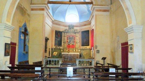 Pella, Italy: L'Altar Maggiore