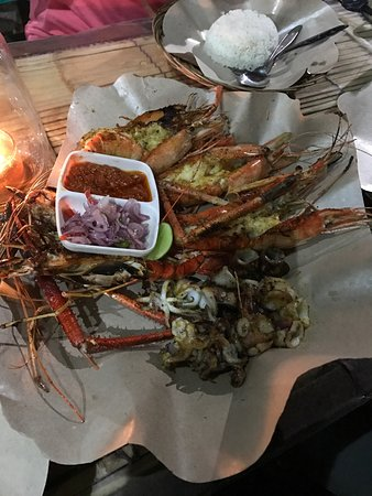 Grilled seafood that tastes great by the weight!