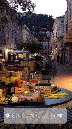 Il Vapore Wine, Beer & Food