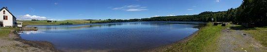 Puy-de-Dome, France : lac Chauvin