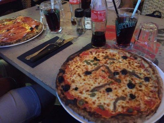 Restaurant pizzeria du fournil 2 dans saint andiol avec - Cuisine premier st andiol ...