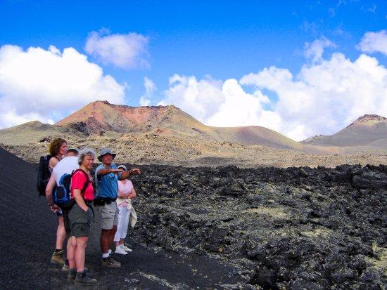 Canary Trekking Lanzarote: Senderismo en el Parque natural de Los Volcanes