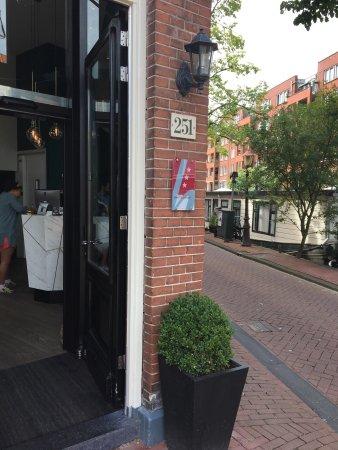 Linden Hotel: photo1.jpg