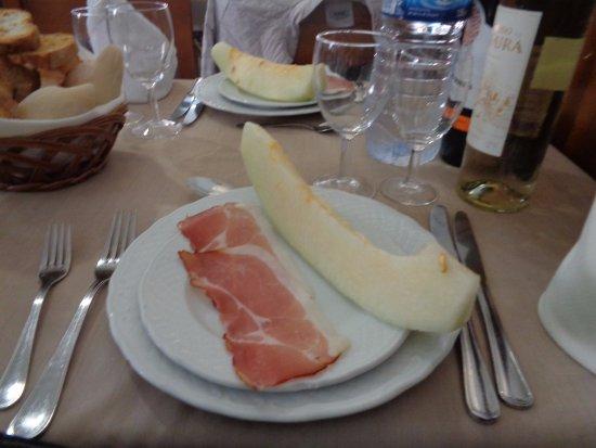 Santa Clara a Velha, Portugal: Prosciutto e melone