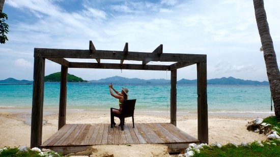 Two Seasons Coron Island Resort & Spa: love the view from the beach