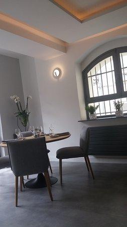 Pontoise, France: Fauteuils design et très confortables !