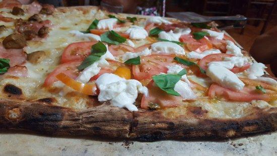 Pentone, Italy: Ristorante Pizzeria Il Punto