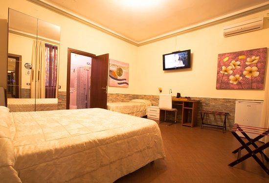 Hotel Ester: Room 5 Triple/quad