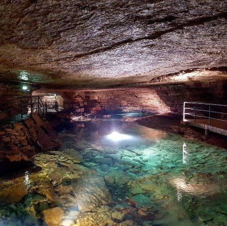 Les Grottes de Bèze