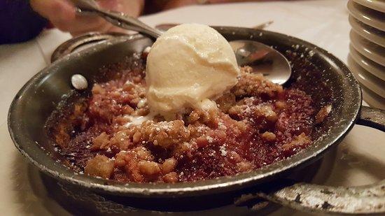 Hillside, Ιλινόις: Rhubarb dessert