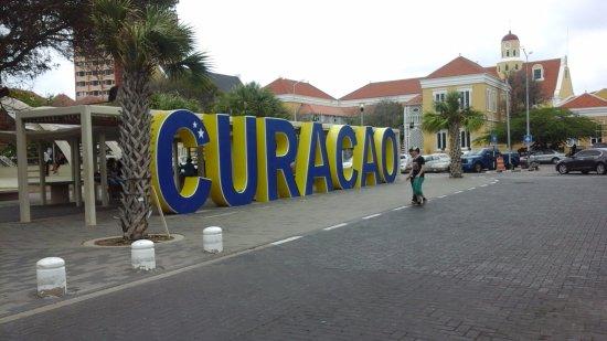Curacao Taxi Max
