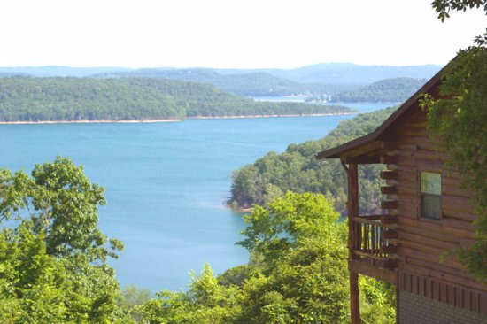 Lake Shore Cabins on Beaver Lake: Mountain Top Cabin #5