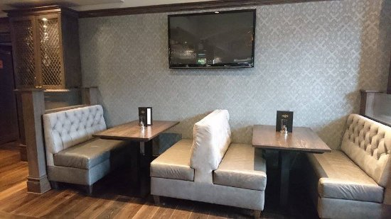Uddingston, UK: Bar Area