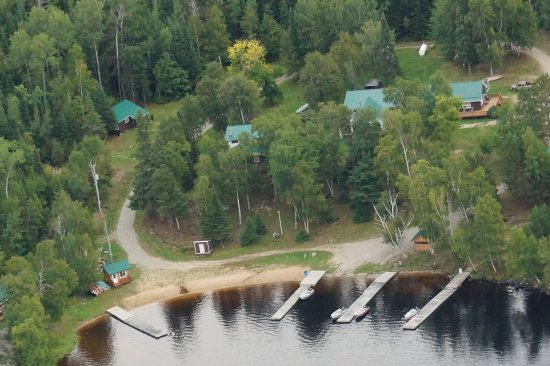 Atikokan, Canadá: Overall view of grounds, docks and facilities