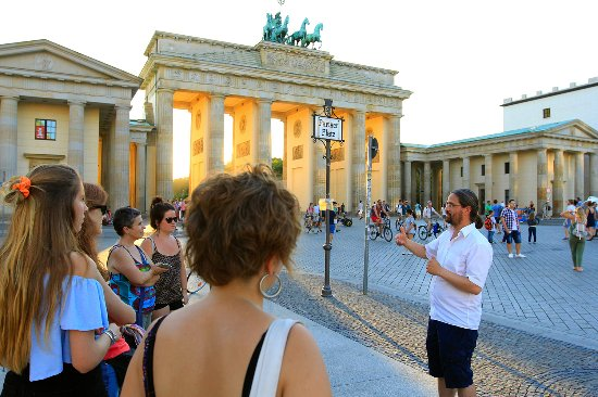‪Vive Berlin Tours‬