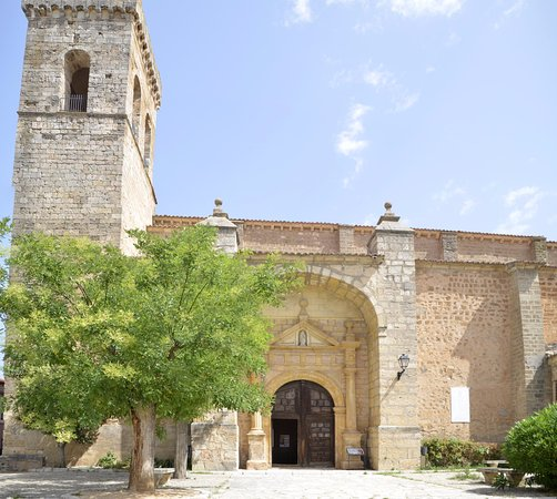 Iglesia del Salvador: Fachada