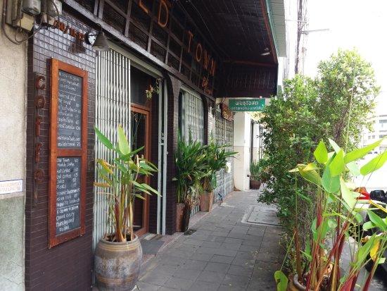 Old Town Cafe Bangkok: bejárat