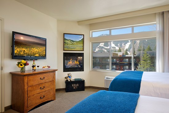 The Lexington at Jackson Hole: One Bedroom Suite- 2 Queen Beds w/Fireplace