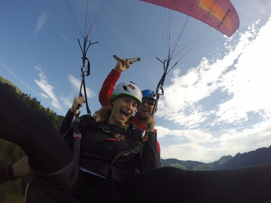 Skywings Adventures: Paragliding