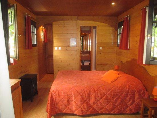 """Camping de Gien: Et voici l'intérieur de nos roulottes dites """"Hôtelière"""""""