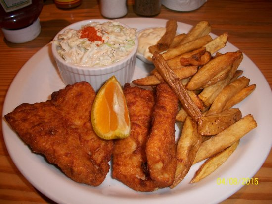 The Fish House: fish and chip dinner with coleslaw