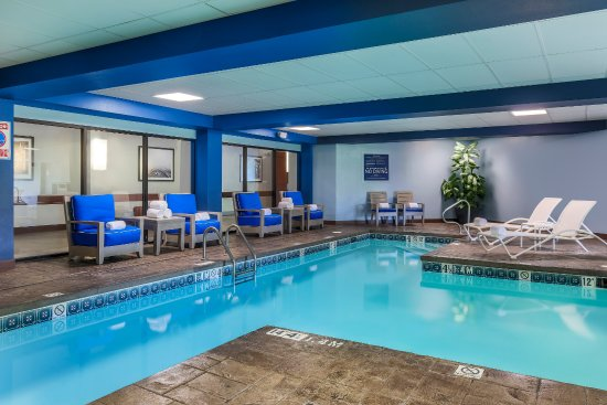 Pool - Picture of Four Points by Sheraton Bentonville, Bentonville ...